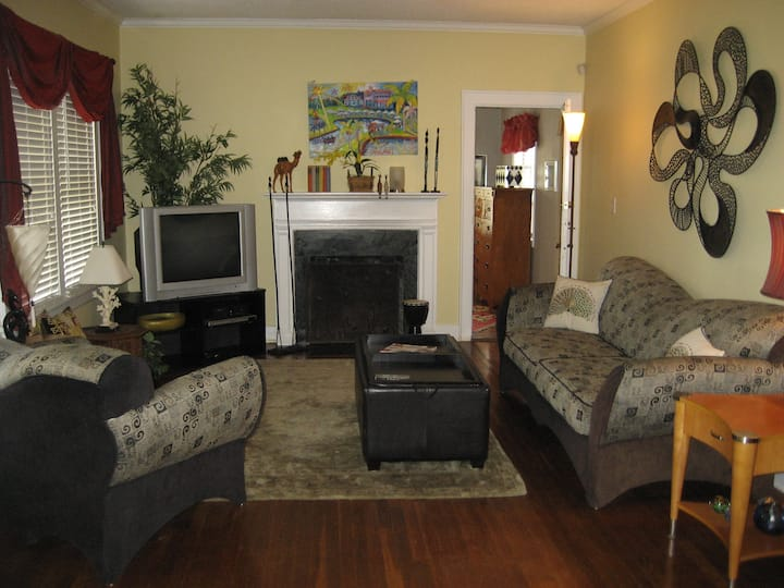 Quiet 4/2 Downtown House Lg Yard- Monthly Rental