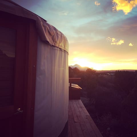Coyote Ridge Yurt - Cortez - Yurt