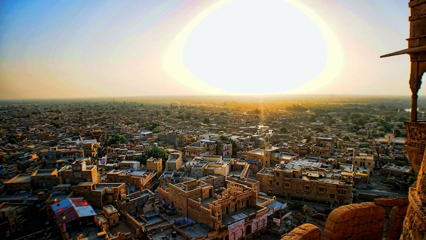 The Sunrise View from The Fort! - Jaisalmer - Pension