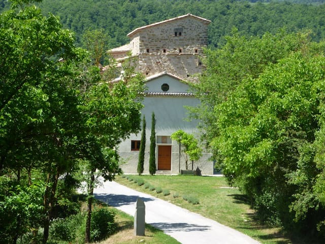 Metamorefosi at Vaccaria - Gubbio PG - Villa