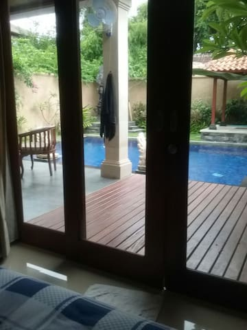 Private room with bathtube - Denpasar - House