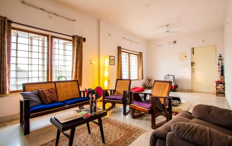 Simply Relax @ Home (a sprawling 1215sqft. 2BHK) - Puducherry - Apartment