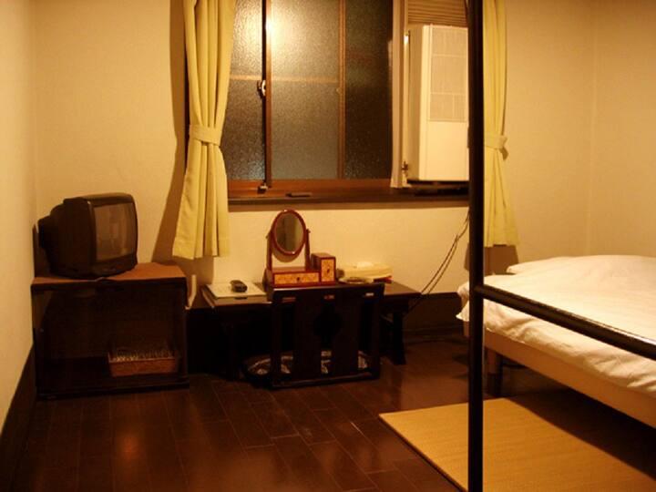 Takeyaso Ryokan Japanese room single