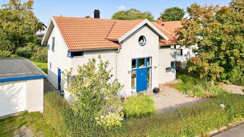 Rymligt hus i Mölnlycke 15 min från Liseberg.