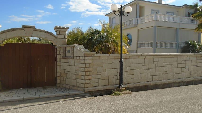 ARTEMIS HOUSE - Diakopto - วิลล่า