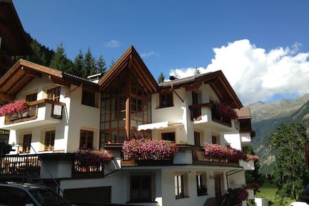 Gemütliches Apartment in den Bergen - Kaunertal - Osakehuoneisto