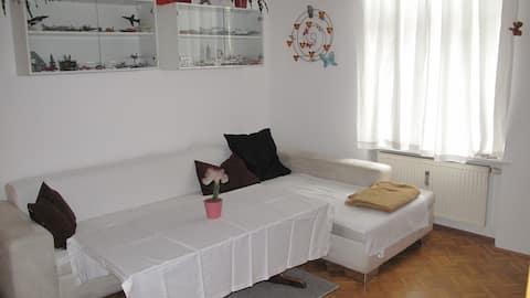 helle freundliche 3 Zimmer Wohnung in Zentrumsnähe