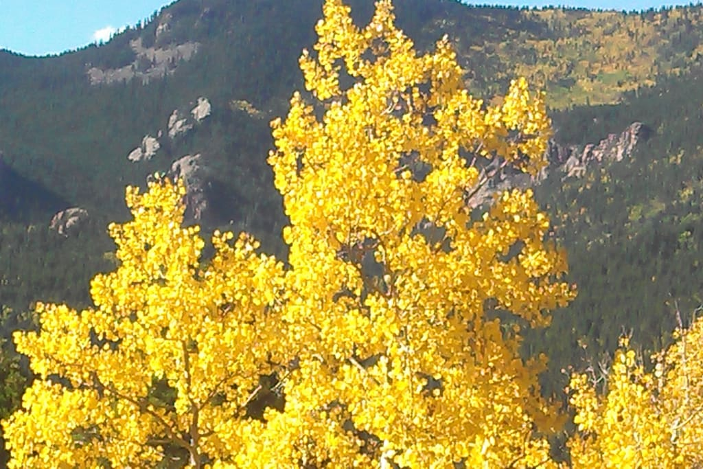 Fall Colors last to late September, sometimes early October