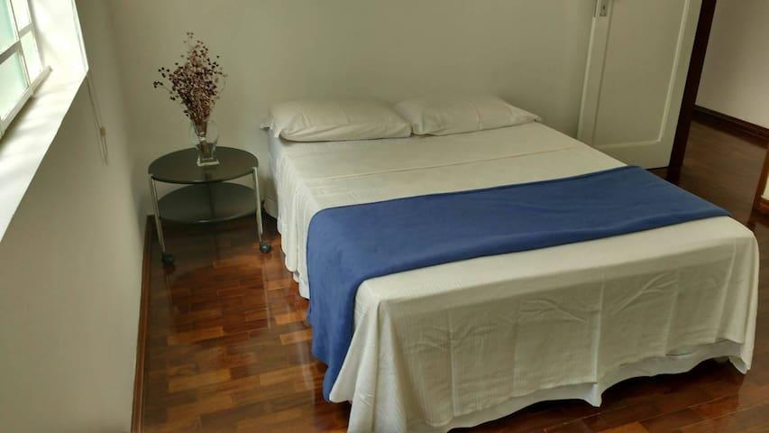 Suíte e quarto na Pampulha próximo ao Mineirão