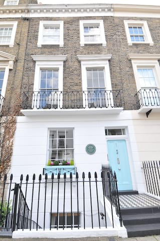 3 Bedroom Apartment in Westminster