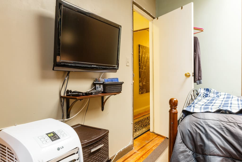 Times Square Room With Private Bath Apartments For Rent In New York New York United States