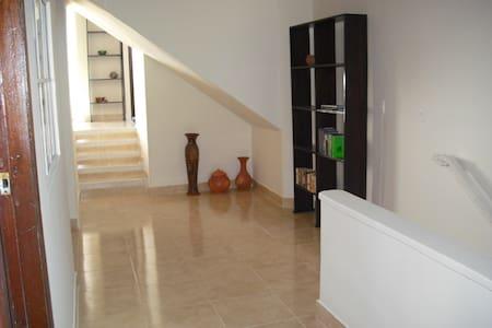 Apartamento central de 3 alcobas  - San Gil