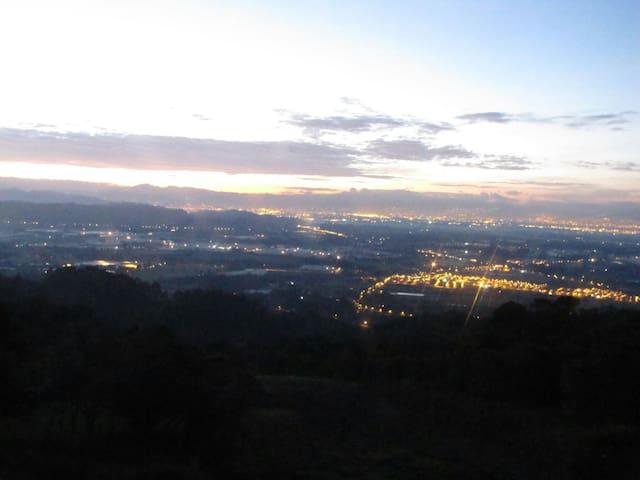 Cabañas super vista a la sabana de Bogotá