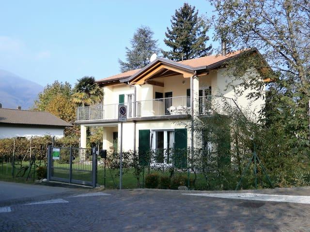 casamanax case in affitto a maccagno con pino e veddasca
