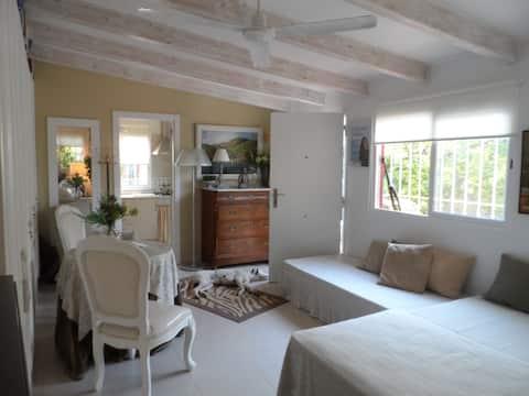 """Little House with Garden near """"Arenal"""" Beach"""