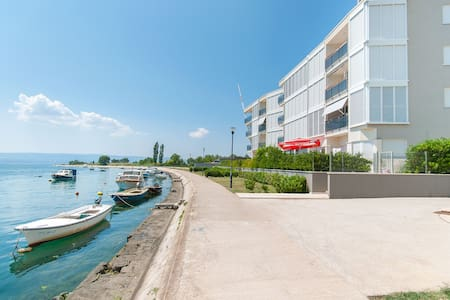AP 4+2 in one of the most luxury building in Omis - โอมิส