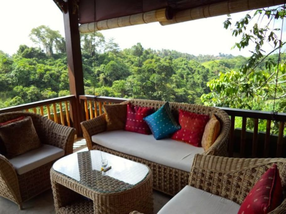 Private balcony overlooks the Campuhan valley and river.