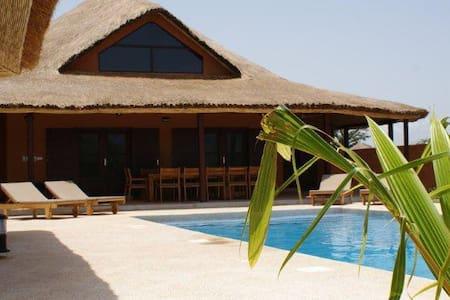 Villa Rebecca  - Nianing - House