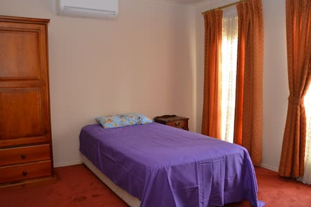 5 stars accommodation - Sydenham