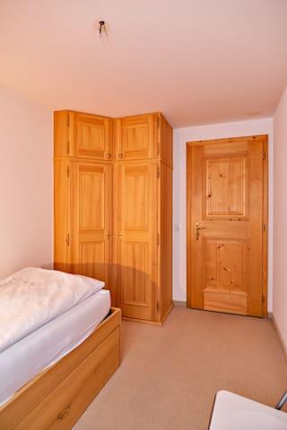 बेडरूम2