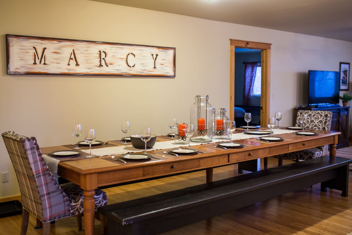 Dining for large groups