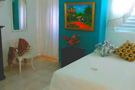 Room type: Private room Property type: House Accommodates: 2 Bedrooms: 1 Bathrooms: 2.5
