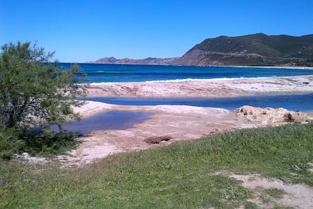 villa corse piscine chauffée et plage - Losari,Belgodère - วิลล่า