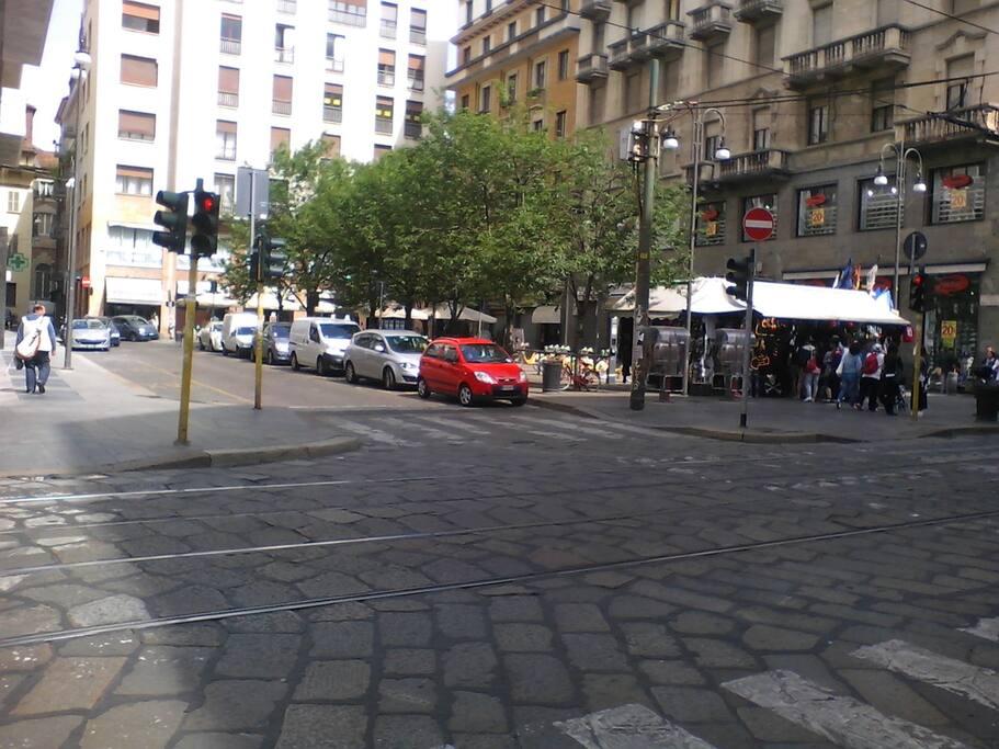 Piazza Santa Maria Beltrade, Via delle Asole