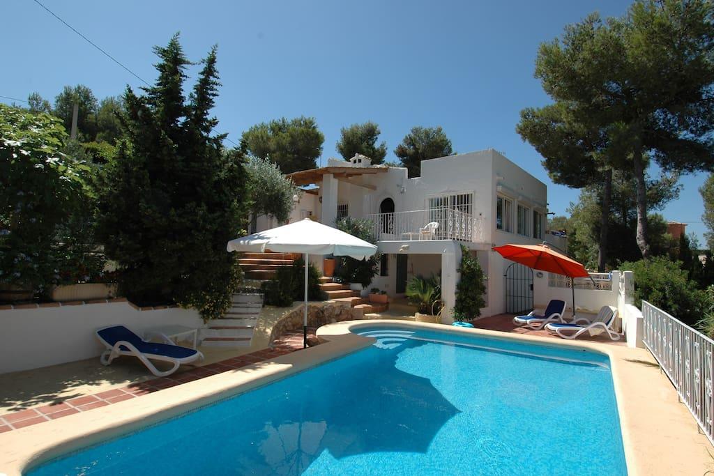 Charming villa in spain free wifi villas for rent in for Villas valencia