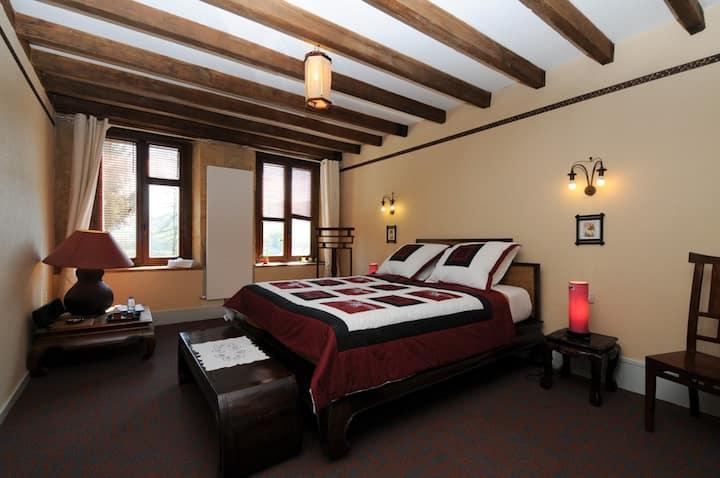 Chambre d'Hôtes et salon privé  près Charleville