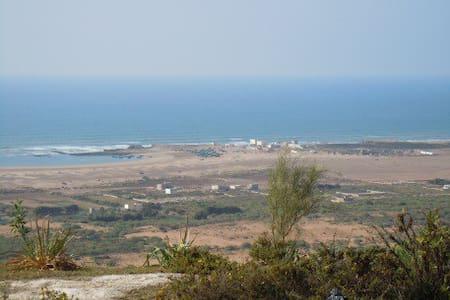 Villa Nord d'Essaouira sur plage - Oum el Aioun