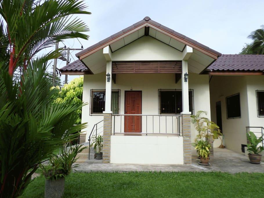 1 Bedroom House Inside Nice Garden Houses For Rent In