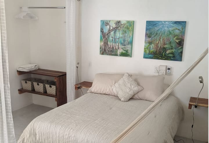 -La Casita- New Cozy studio in great Location