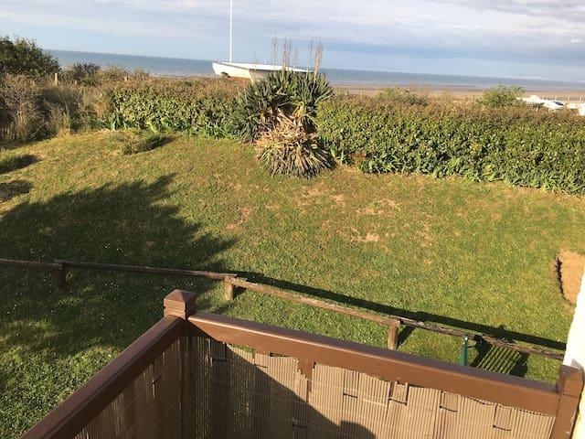 Front de Mer & Welcome to Normandy Coast