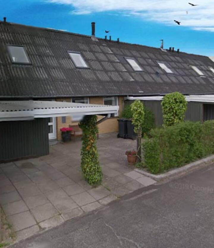 110 m2 møbleret rækkehus i Slagelse Vest udlejes