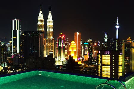 ExpressionZ-One Bedroom KLCC Rooftop Pool View