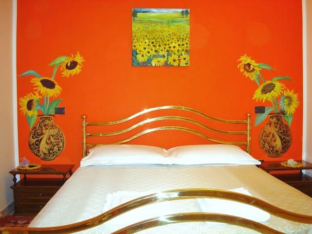Sentirsi come a casa propria. Girasoli. - Villamagna - Bed & Breakfast