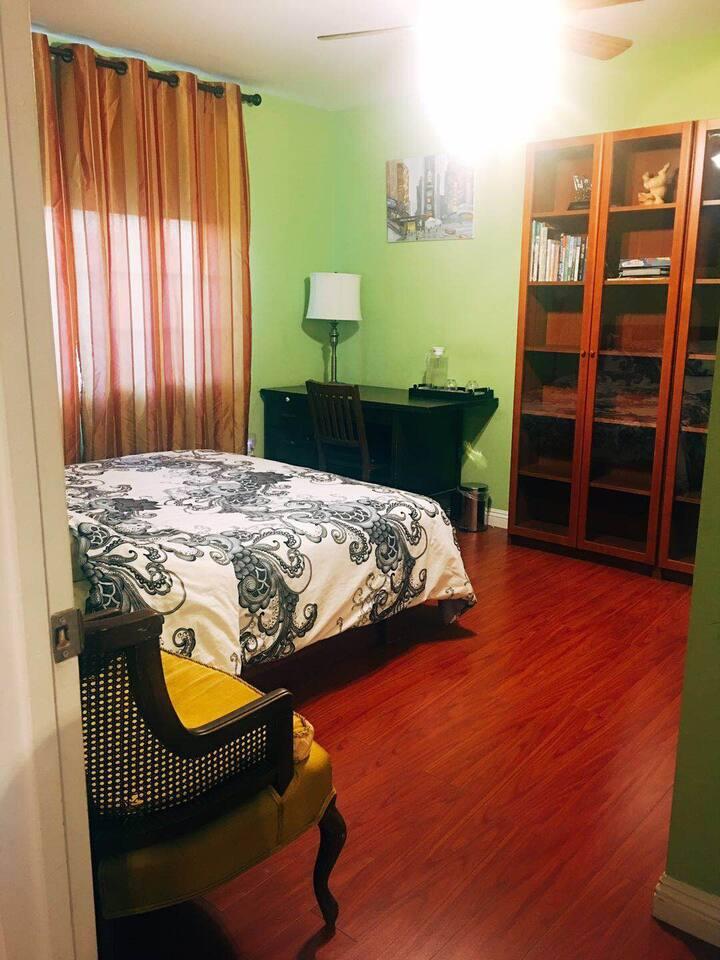 Pomona Nice Private Room