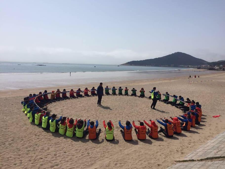 海边娱乐项目。