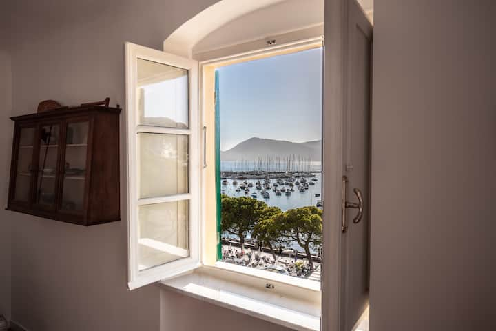 Appartamento vista mare per 4 persone a Lerici