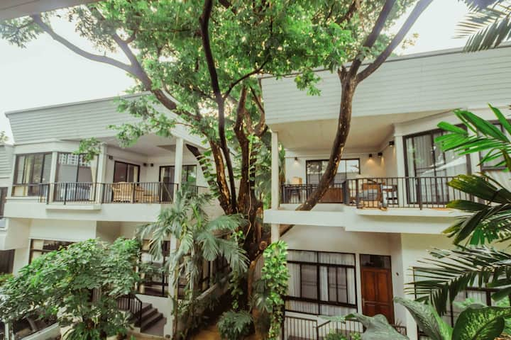 Luxury 3 Bedrooms House near BTS Thonglor station