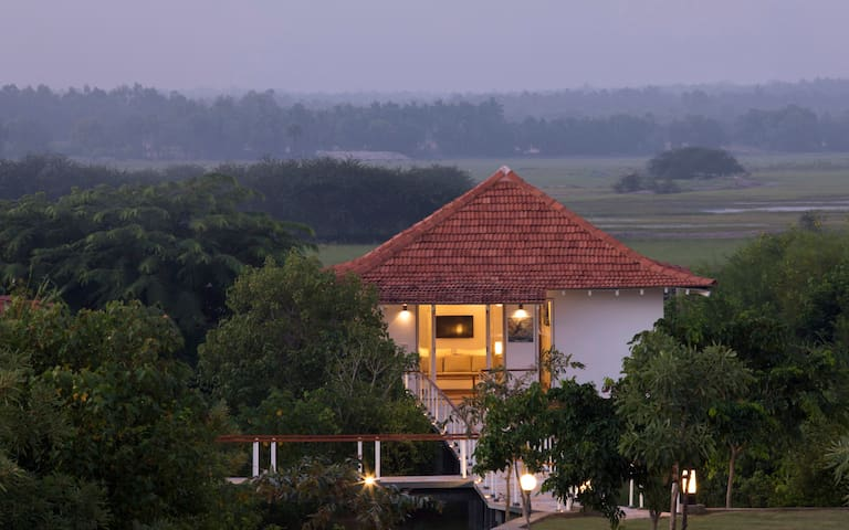 Contemporary design Deluxe Villa near Pondicherry