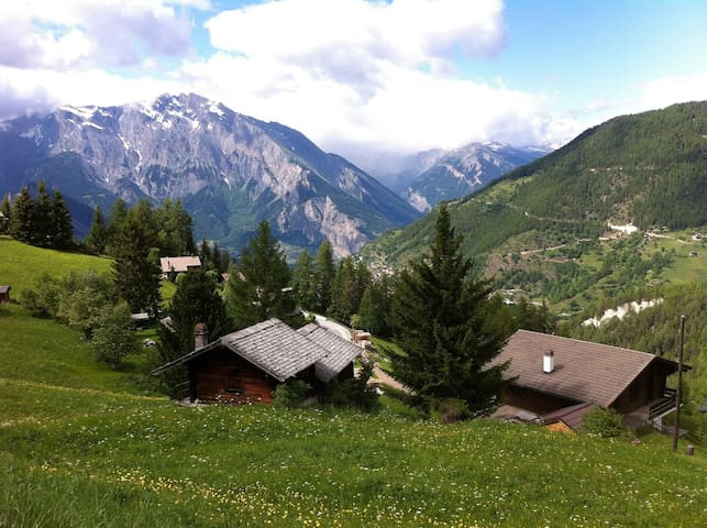 Flat for 10 people near Verbier, La Tzoumaz, CH - Riddes