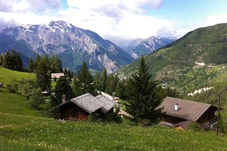Flat for 10 people near Verbier, La Tzoumaz, CH - Riddes - Apartamento