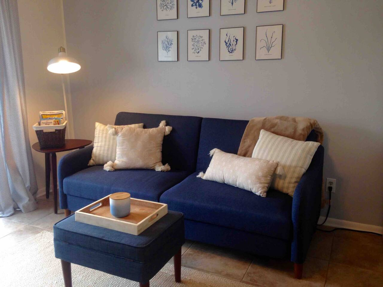 Living area with Futon sofa