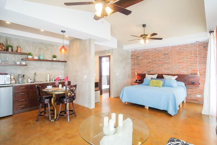Suite Paradise Villa de La Rosa Pool & BBQ area