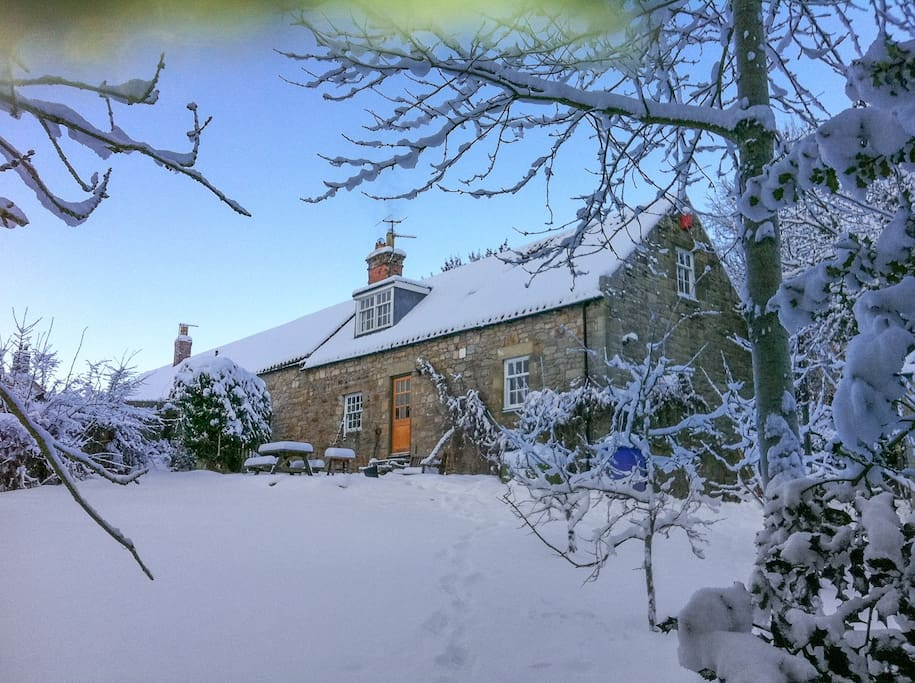Fenwick Cottage Winter