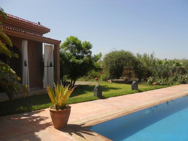 Villa domaine de 3 hectar bio - Sidi Abdellah Ghiat - Casa cova