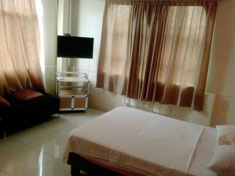 Habitación G individual o matrimonial, con split, tv cable, baño, wifi
