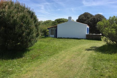 Very quiet house 1 min from beach - Île d'Yeu